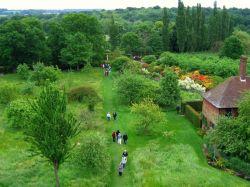 Сиссингхэрст  (Sissinghurst Castle Garden)