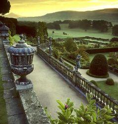 Замок Поуис (Powis Castle)