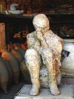 замумифицированное тело в Помпеях